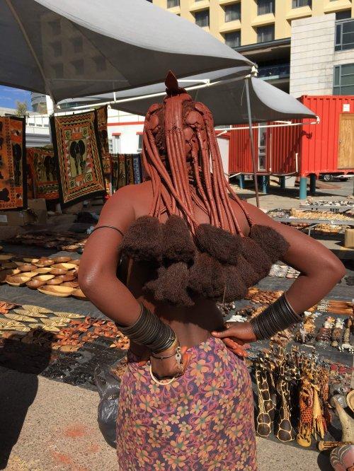 Himba pred
