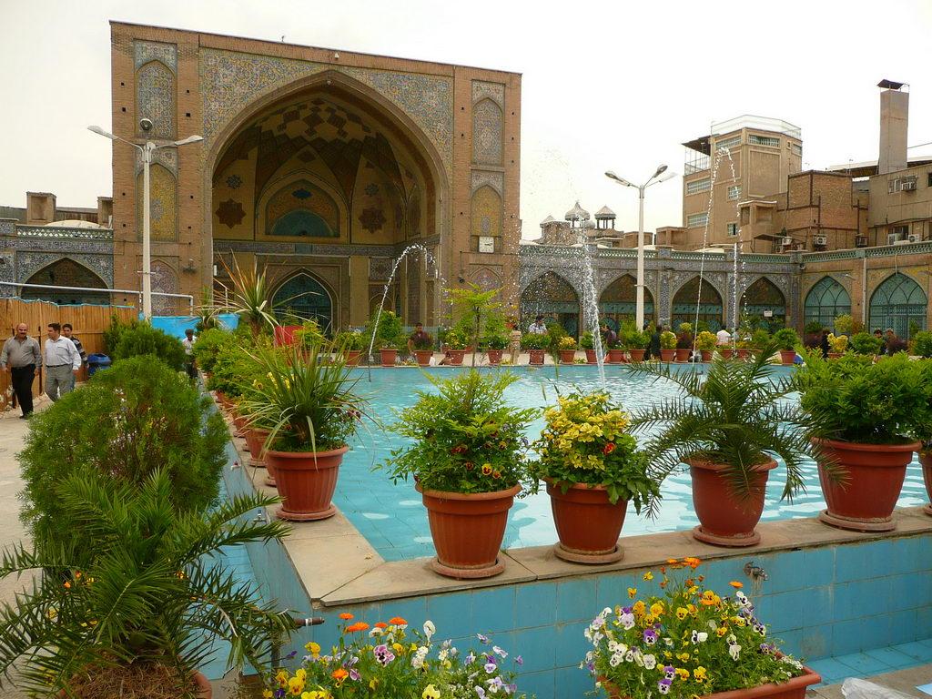 2011-Iran_06