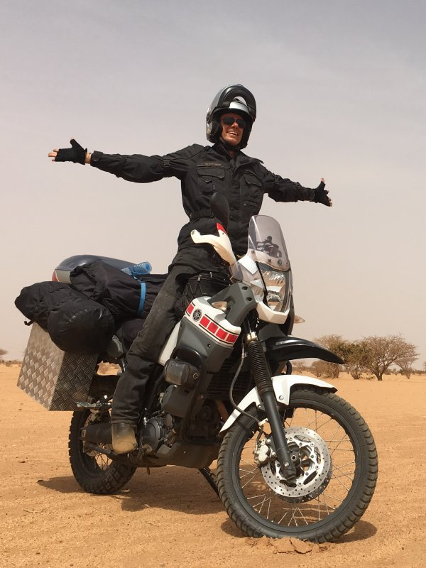 veselje sredi sudanske puščave