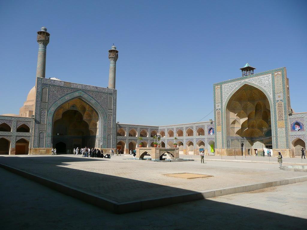 2011-iran_57