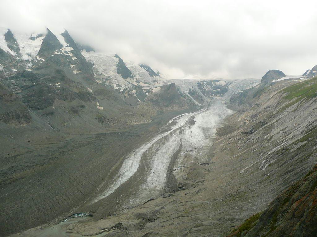 Ledenik pod Velikim Klekom